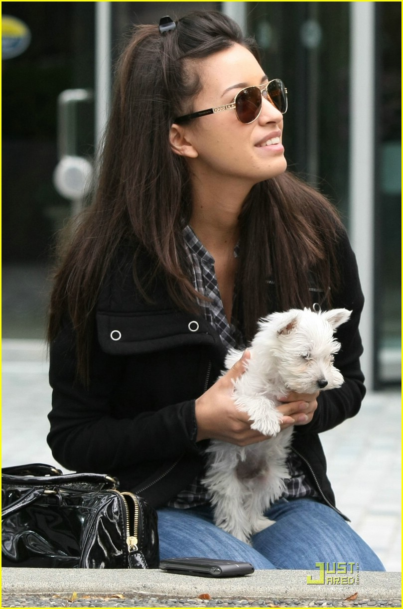 christian serratos beams bolt 05
