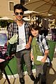 joe jonas frankie gifting 02
