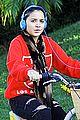 stella hudgens bike thanksgiving 01