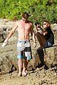 miley cyrus liam hemsworth hawaii 03