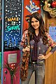 victoria justice holidays hollywood arts 09