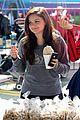 ariel winter farmers market 03
