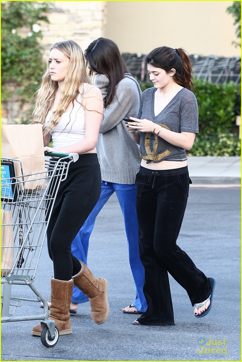 kendall kylie jenner grocery girls 07