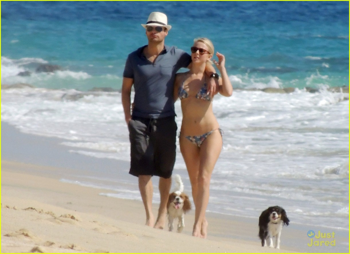 julianne hough bikini beach ryan 03