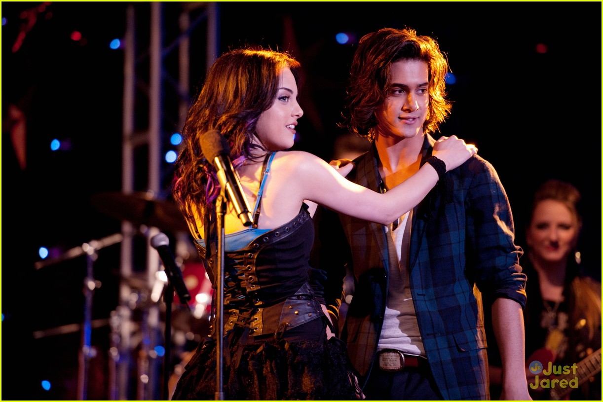 victorious beck and tori