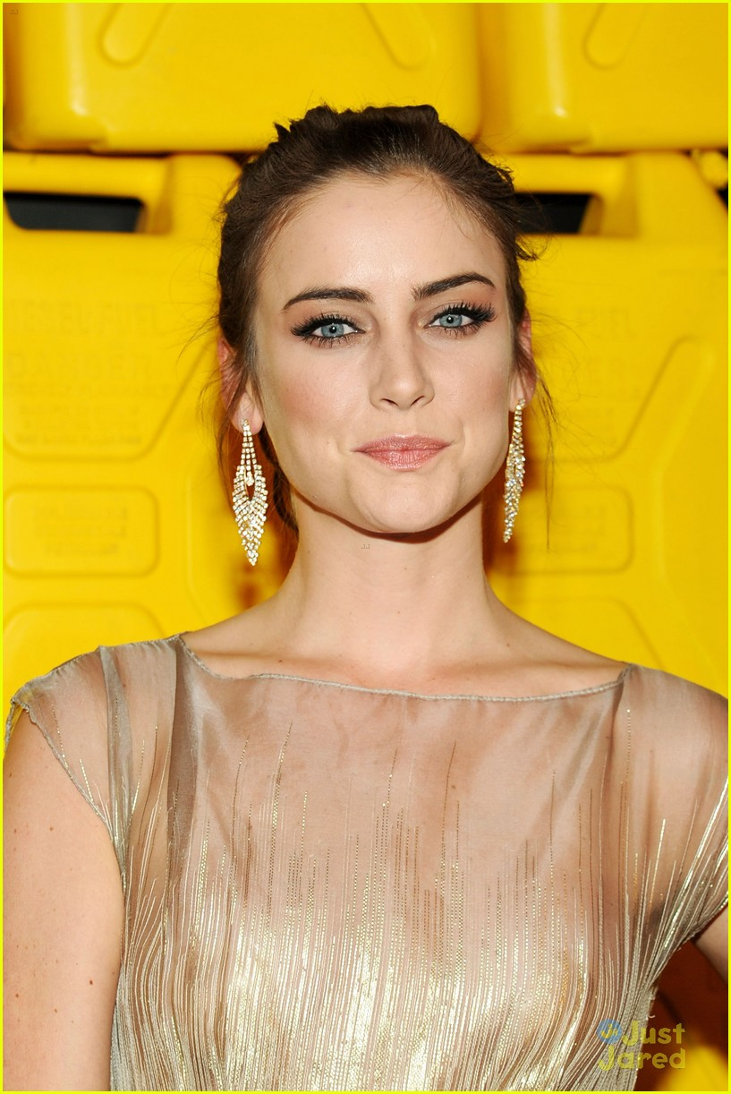 jessica lowndes jessica stroup charity water gala 03
