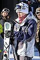 jesse mccartney hits the slopes 03