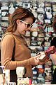 emma roberts camera shopping 21