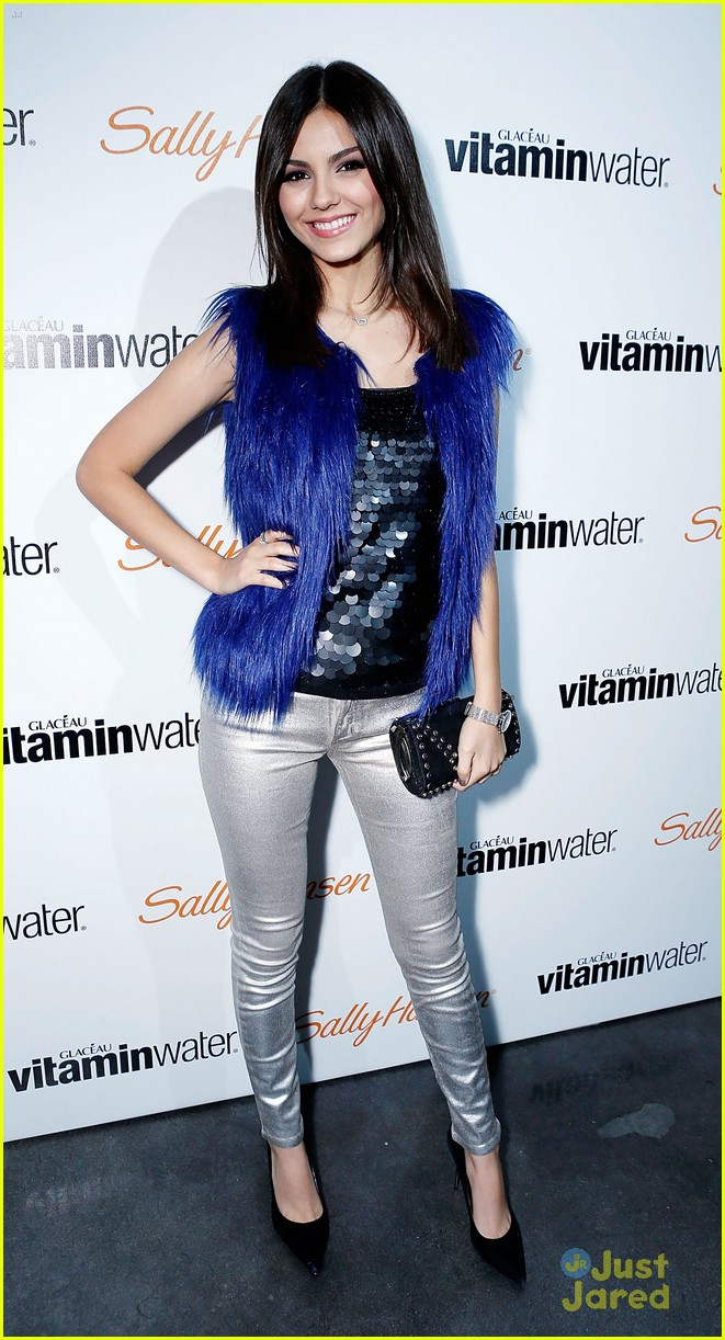 victoria justice hailee steinfeld party 11