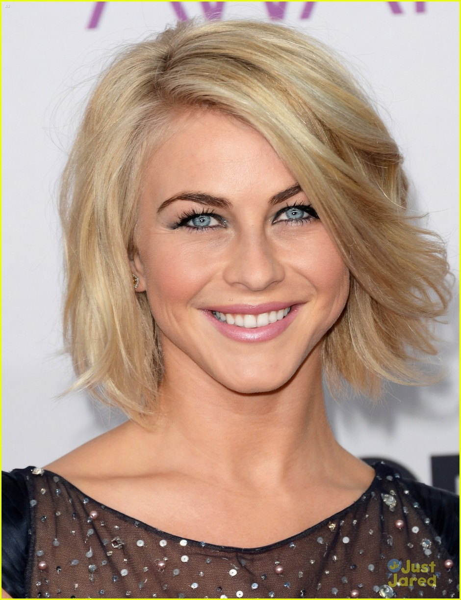 julianne hough pca 2013 05
