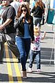 ariel winter skylar farmers market 06