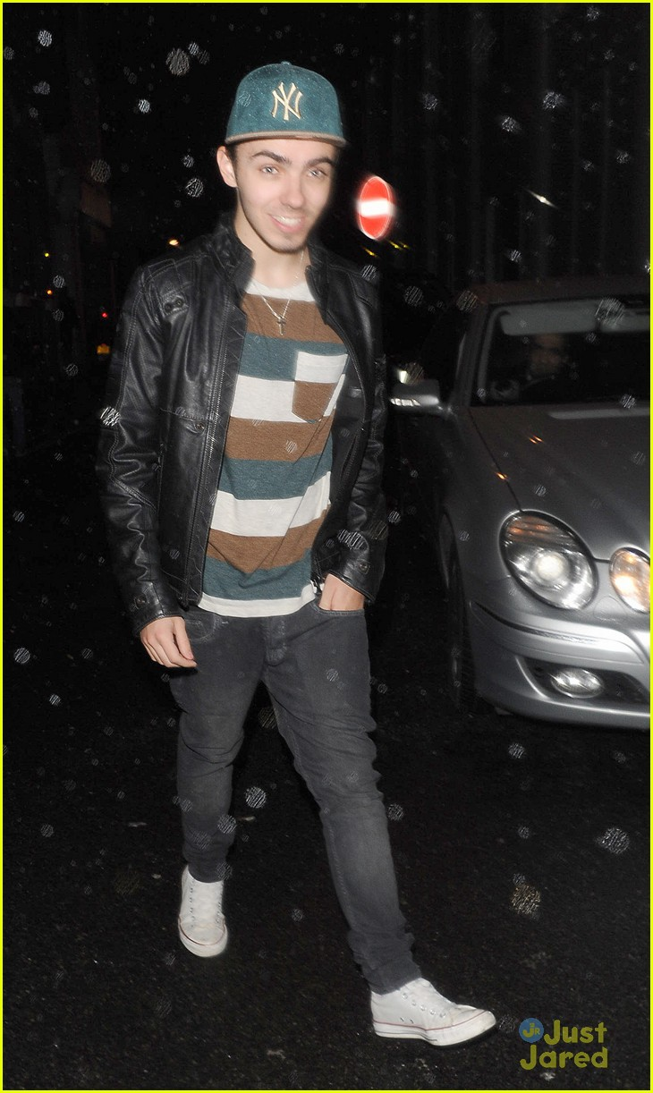 nathan sykes all about usher right now 01