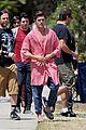 zac efron robe townies 02