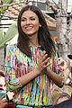 victoria justice extra appearance at the grove 10