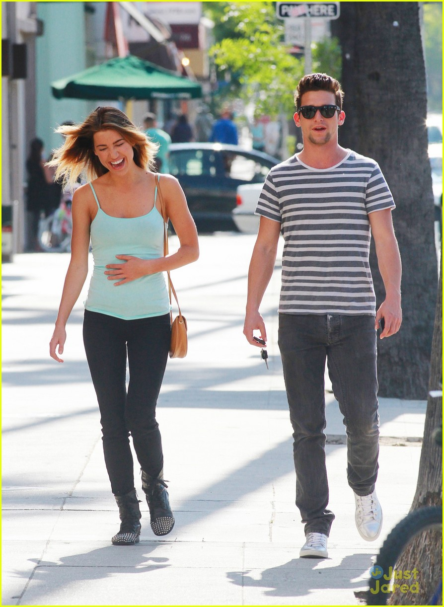 Full Sized Photo Of Daren Kagasoff Saturday Stroll Girlfriend 05 Daren Kagasoff Smiling After Delirium Upset Just Jared Jr Ask anything you want to learn about daren kagasoff by getting answers on askfm. just jared jr
