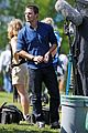 stephen amell katie cassidy arrow filming 05