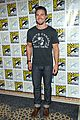arrow comic con panel pics premiere trailer 19