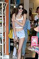 kendall kylie jenner shopping sisters 07