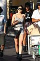 kylie jenner food shopping with friends 01