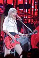 taylor swift vancouver red stop 10
