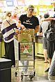 ed westwick jessica szohr market 02