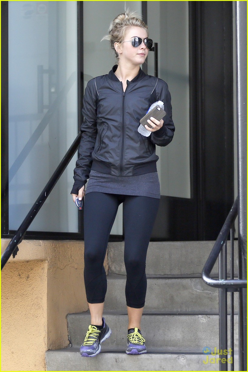 julianne hough hits the gym before dance studio stop 13