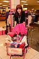 carly rae jepsen candies shopping spree 14