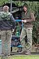 stephen amell dons wig arrow filming 11