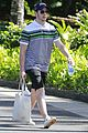 joe jonas blanda eggenschwiler romantic beach stroll hawaii 04