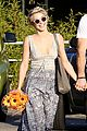julianne hough brooks laich whole foods flowers 02