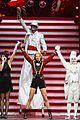 taylor swift ed sheeran i see fire duet in berlin 05
