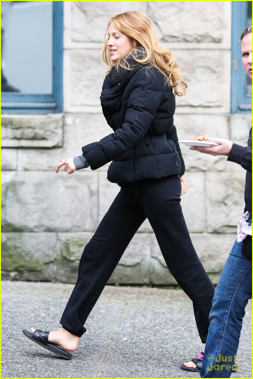 blake lively up all night filming05