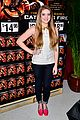 willow shields extra dvd signing 01