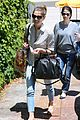 ashley greene grab lunch with her mom05