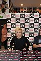 r5 ellington ratliff lost voice album signing 19