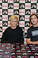 r5 ellington ratliff lost voice album signing 21