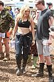 ellie goulding sam smith cressida bonas glastonbury sunday 01
