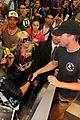 eliza taylor fans wb media mixer cw shows 21