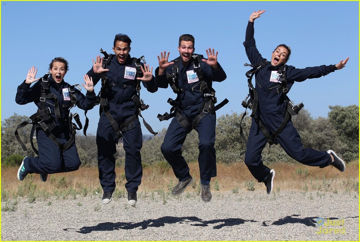 james maslow skydives carlos alexa penavega 01