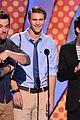 pretty little liars cast 2014 teen choice awards 02