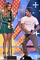 tyler posey jennifer lopez reunion teen choice awards 15