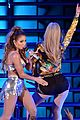 jennifer lopez taps iggy azaleas booty at we can survive concert 19