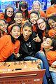 zendaya surpsise visit nyc elementary school 02