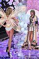 taylor swift victoria secret fashion show performance 13