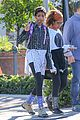 willow smith flashes a peace sign 08