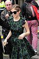 anna kendrick green dress bbc radio visit 03