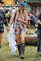 jenna coleman suki waterhouse 2015 glastonbury 23