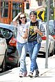 kristen stewart alicia cargile begin weekend in silverlake 02