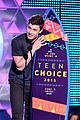 shawn mendes wins 2015 teen choice awards 10