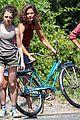 stefania owen hug luke wilson bike lollipop all we had set 06